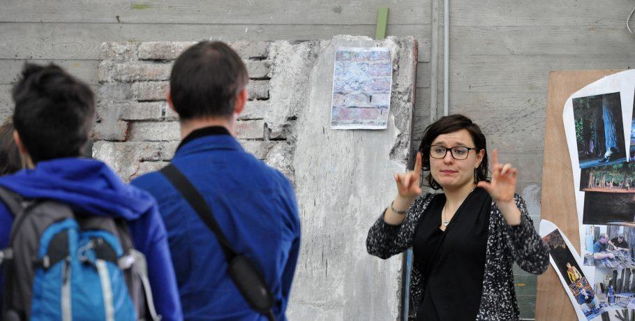 ville en partage visite opera theatre LSF